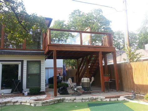 south arlington raised deck and enclosure on upstairs patio