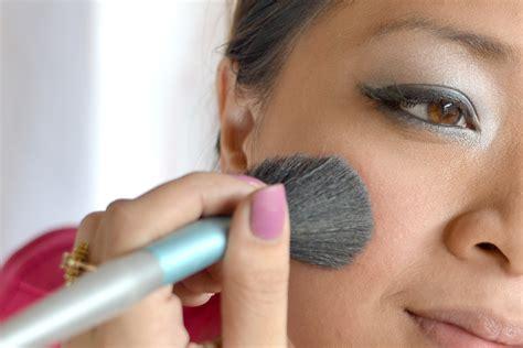 subtle  dramatic makeup  steps  pictures