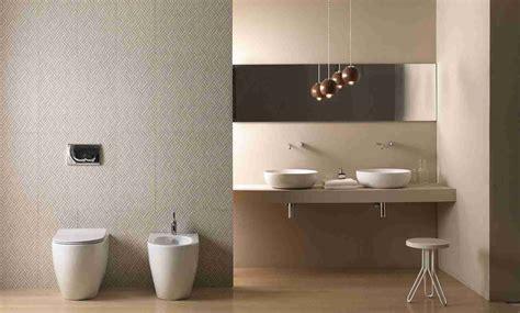 Badezimmer Fliesen Tenne by Badezimmer Mit Trennwand Ideen