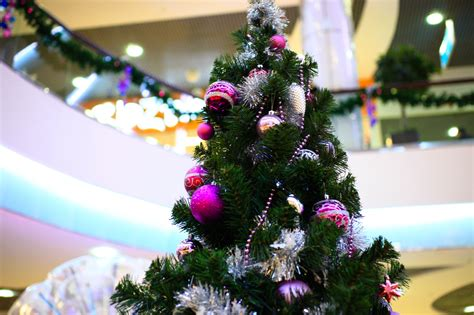 benefits  holiday decorations   business