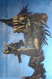 "Gremlins 2 – 7"" Scale Action Figure – Mohawk | NECAOnline.com"
