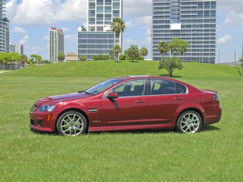 pontiac  gxp picture  car review  top speed
