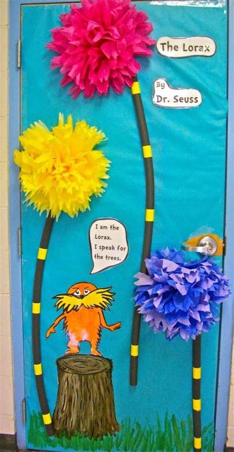 Dr Suess Decorations - 95 best dr seuss door decorations images on