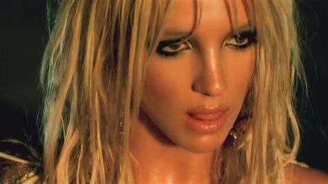 """Britney Spears Abs: Get Her """"I'm A Slave For You"""" Abs"""