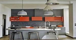 Quelle couleur mettre avec une cuisine grise for Deco cuisine avec chaise en couleur