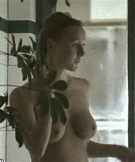 Dana golombek nackt sex