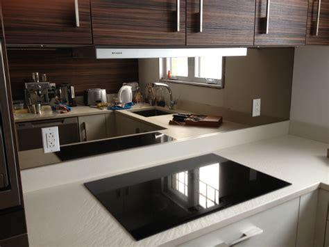 cuisine gris clair et blanc cuisine gris clair et blanc 4 dosserets vitr233volution