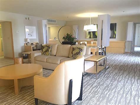 Disney's Contemporary Resort's 14th Floor Suites Disney
