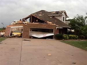 File:EF2 tornado damage example (2).jpg - Wikimedia Commons