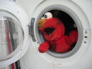 Wie Reinigt Man Eine Waschmaschine : waschmaschine stupidedia ~ Markanthonyermac.com Haus und Dekorationen