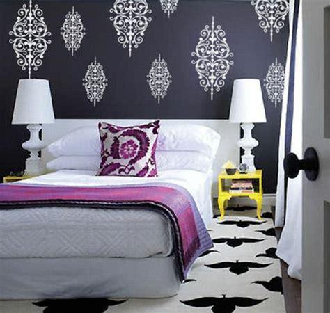 chambre baroque noir et blanc le papier peint baroque et le style moderne classique