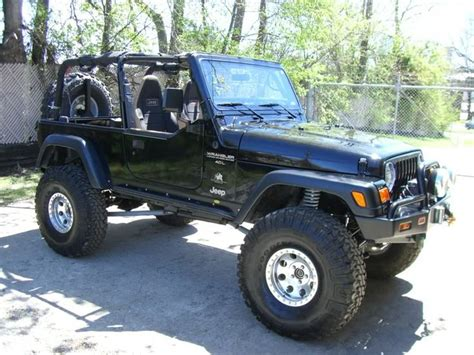 jeep old top 25 ideas about dream garage on pinterest zombie