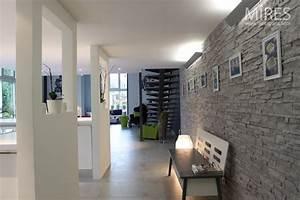 Carrelage mural cuisine gris avec indogatecom idee deco for Idee deco cuisine avec meuble de cuisine blanc et gris