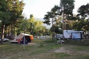 Camping Autour De Valence : camping guillestre la rochette hautes alpes services piscine tennis ~ Medecine-chirurgie-esthetiques.com Avis de Voitures