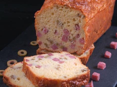 cake sale au jambon  aux olives recette de cake sale
