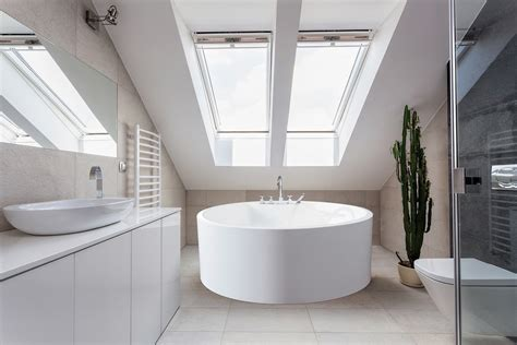 Soaking Tub Small Bathroom by Gorgeous Soaking Tubs For Your Small Bathroom