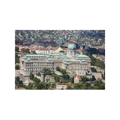 File:Buda Castle Day.JPG - Wikimedia Commons