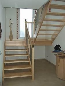 Halbgewendelte Treppe Mit Podest : schmidschreiner treppen ~ Markanthonyermac.com Haus und Dekorationen