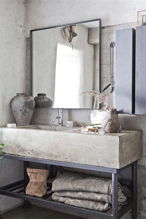 Industrial Modern Bathroom Mirrors by Best 25 Industrial Bathroom Ideas On