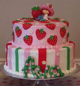 strawberry shortcake cake   Strawberry Shortcake   Pinterest