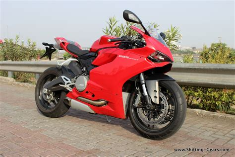 Review Ducati Panigale by Ducati Panigale 899 Review Shifting Gears