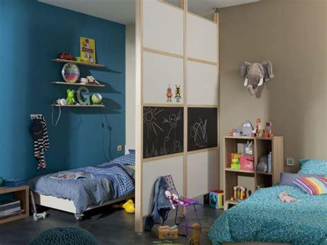 une chambre pour deux deux enfants une chambre huit solutions pour partager l