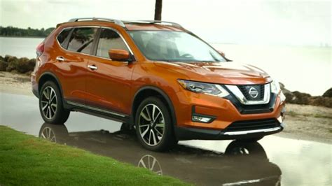 nissan rogue price specs  review