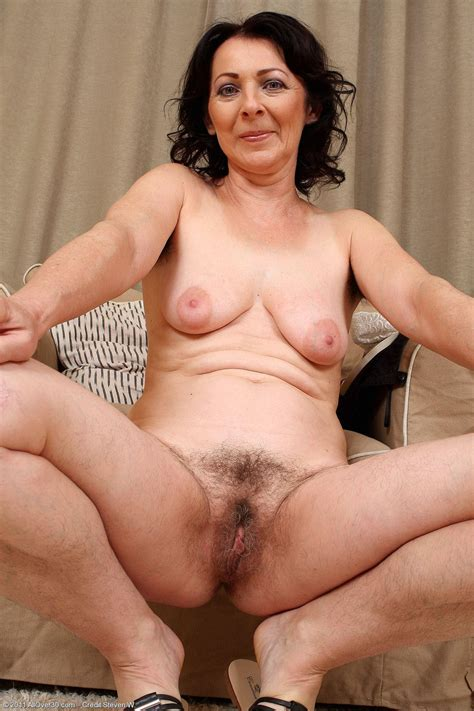 Hairy Porn Pic Mature Women Anna B 50