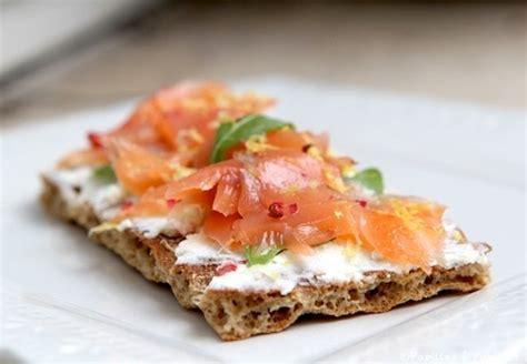 cuisiner saumon fumé tartines du dimanche soir au fromage frais et au saumon fumé