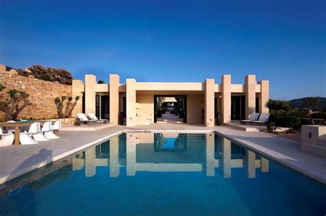 Luxury Villa In Ibiza (3) Homedsgn