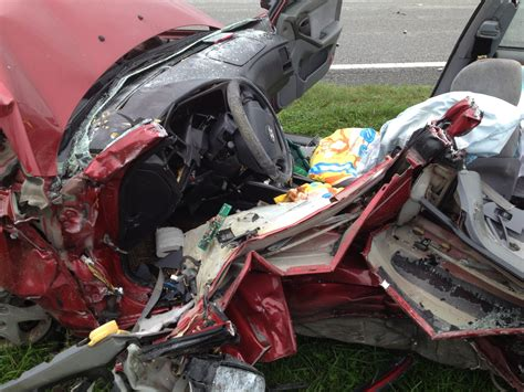 Ocala Post - Two critically injured in accident on 225A
