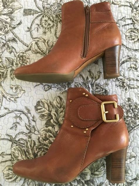 ankle boots trends   trendy girls