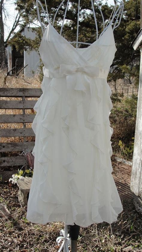 shabby chic maternity dress 25 best ideas about shabby chic wedding dresses on pinterest bandy rustic burlap invitations