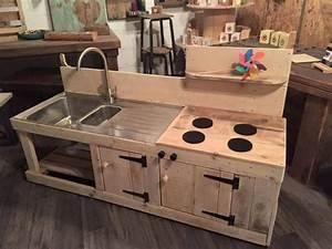 Sensational Pallet Kitchen for Kids Pallet Ideas