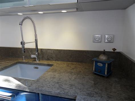cr馘ence cuisine en verre modele de credence pour cuisine maison design bahbe com