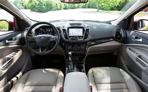 comparison lexus nx   sport   ford kuga st