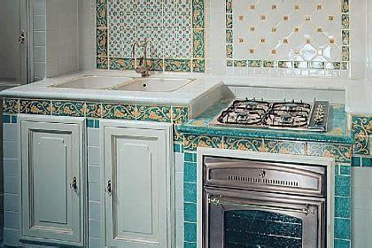 Acquario Cucine in muratura >> TrovaPavimenti it