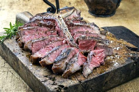 cuisiner une cote de boeuf comment cuire une côte de boeuf au barbecue