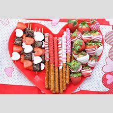 Valentine Chocolate Covered Pretzels  Valentine's Day Treat
