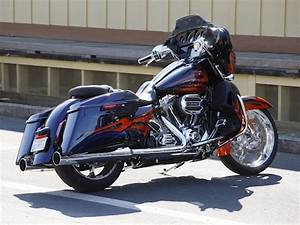 Cvo Street Glide : are harley cvo models worth the money motorbike writer ~ Maxctalentgroup.com Avis de Voitures