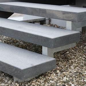Granit Treppenstufen Hornbach : stufe treppe naturstein granit dunkel geflammt 250 35 8cm in 2019 treppe hauseingang treppen ~ A.2002-acura-tl-radio.info Haus und Dekorationen