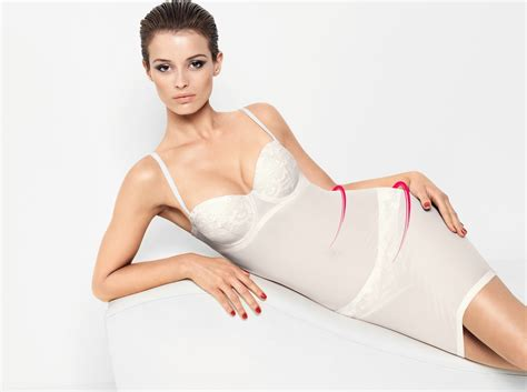 A Guide To The Best Undergarments For Wedding Dresses