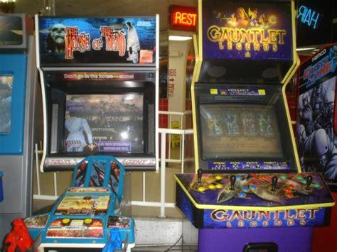Gauntlet Legends Arcade Cabinet by Arcade At The Flea Market