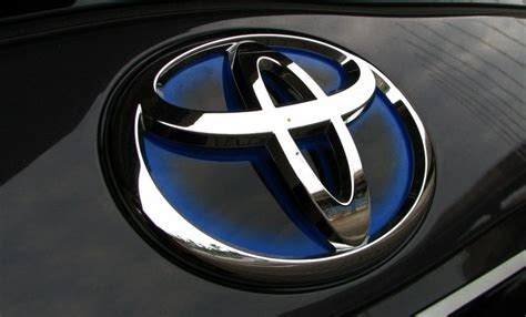 Toyota Logo Wallpaper Iphone by New 2018 Toyota Logo Images Hd Wallpapers Free 2018