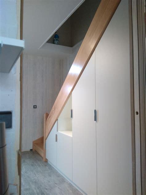 rangement sous escalier rangements sous escalier avec penderie et 233 tag 232 res
