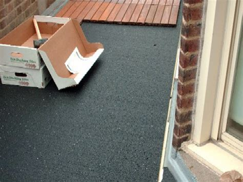 decking deck laying specialist by flat roofer for