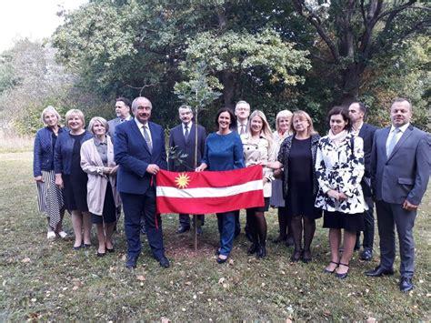 Priekuļos godina senatoru Kārli Ozoliņu — Latvija 100