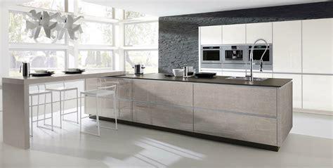 cuisine verre cuisine en verre design avec un aspect photo 9 20