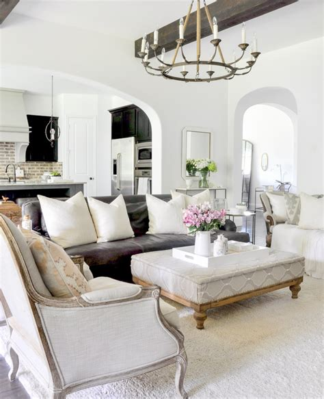 White Paint For Living Room [peenmedia]
