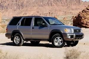 Famous Car Manual  2001 Nissan Pathfinder Service Factry